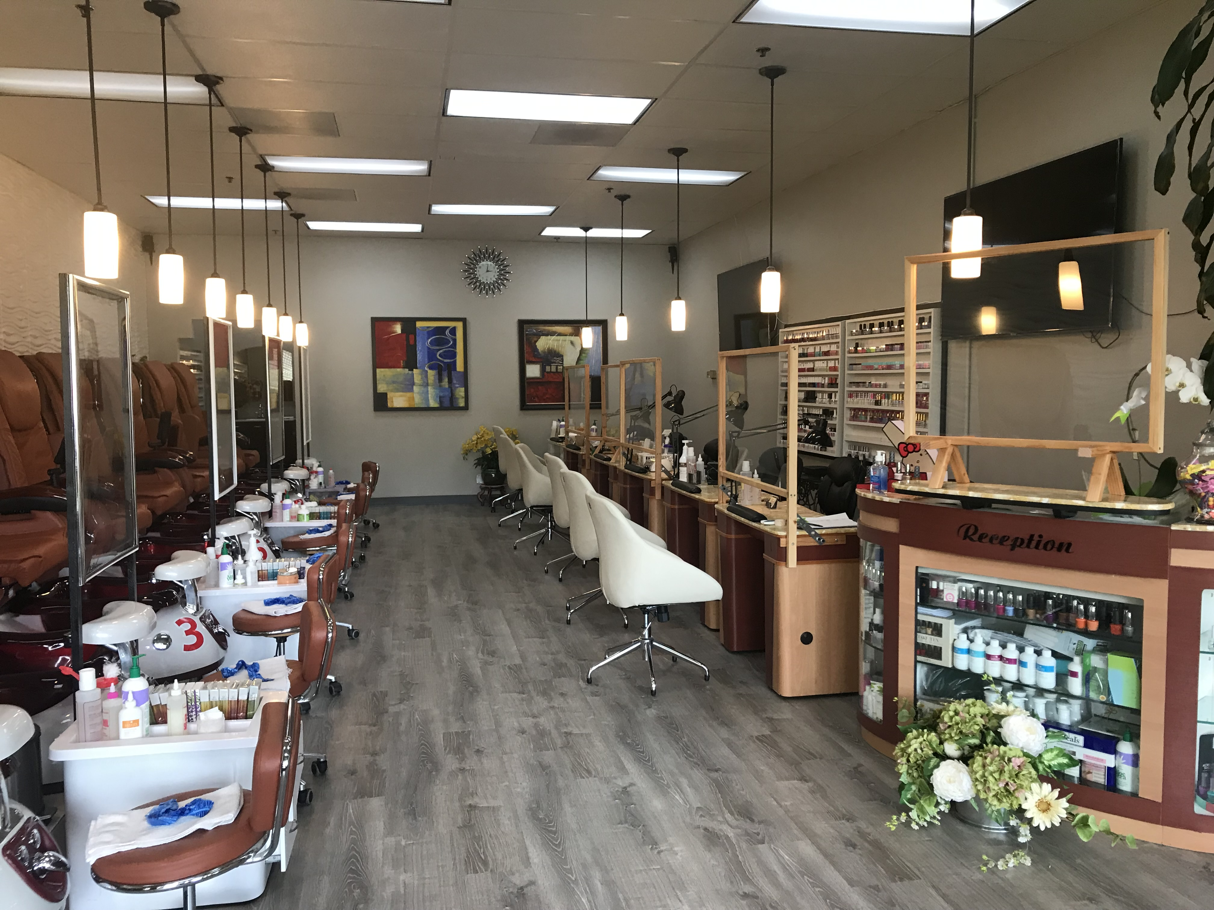 Artistic Nails and Day Spa Store